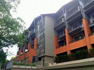 里南克朗常酒店(Rimnaam Klangchan Hotel)