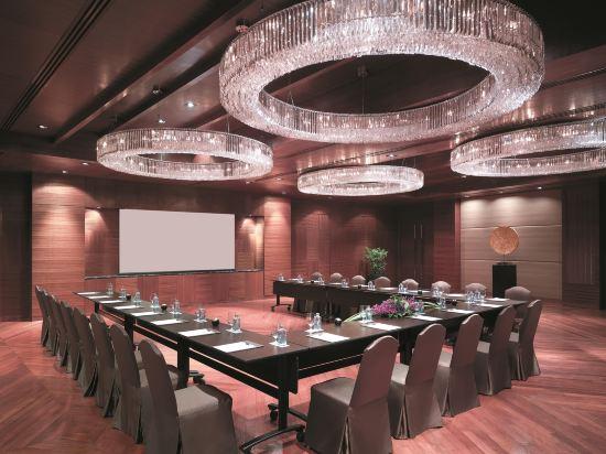 曼谷香格里拉酒店(Shangri-La Hotel Bangkok)會議室