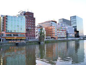 萬豪度假酒店杜塞爾多夫港店(Courtyard by Marriott Duesseldorf Hafen)