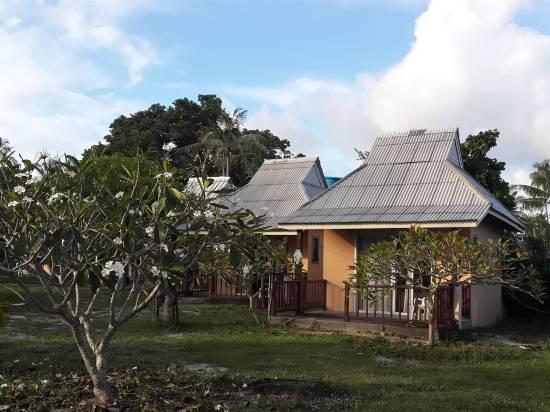 蘇梅島金塔海灘酒店
