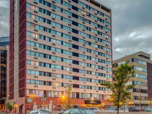 卡爾加里市中心貝斯特韋斯特優質套房酒店
