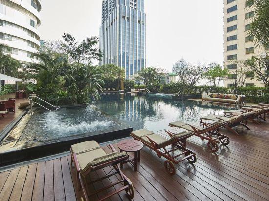 曼谷拉查丹利中心酒店(Grande Centre Point Ratchadamri Bangkok)室外游泳池