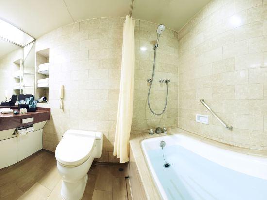 大阪麗嘉皇家酒店(Rihga Royal Hotel)塔翼-豪華樓層-標準雙床房