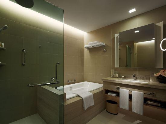 新山香格里拉公主港今旅酒店(Hotel Jen Puteri Harbour Johor Bahru by Shangri-La)豪華港景房