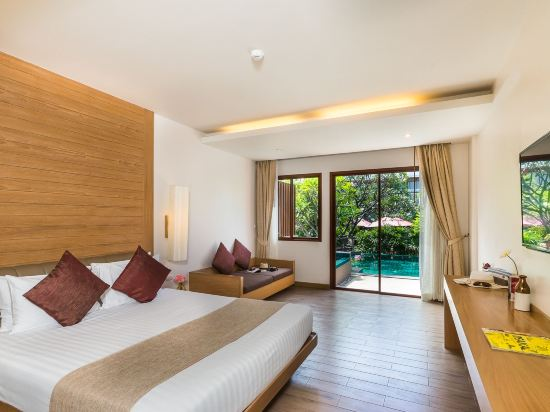 艾瑞斯華欣酒店(Ayrest Hua Hin Hotel)豪華泳池房(按摩浴缸)
