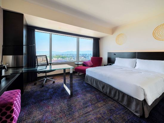 福岡海鷹希爾頓酒店(Hilton Fukuoka Sea Hawk)行政特大床房