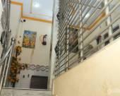 Saurabh Gaurav Guest House.