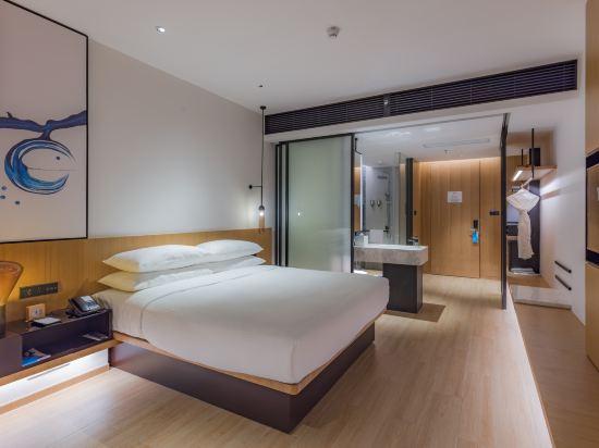 東莞星匯廣場萬楓酒店(Fairfield by Marriott Dongguan Changping)商務大床房