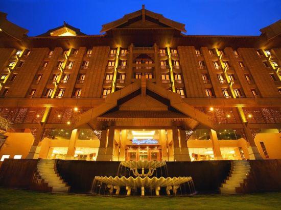 吉隆坡皇家朱蘭酒店(Royale Chulan Kuala Lumpur)外觀