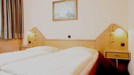 Hotel Lonac