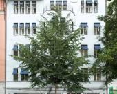 柏林佈雷多金色鬱金香酒店