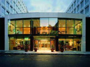 日內瓦尼維馬諾特酒店(Hotel N'vY Manotel Geneva)