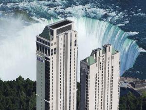 尼亞加拉瀑布希爾頓酒店(Hilton Niagara Falls)