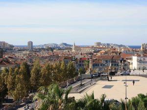 馬賽市中心聖查爾斯火車站宜必思酒店(Ibis Marseille Centre Gare Saint Charles)