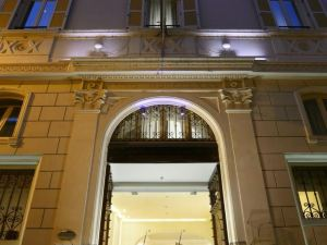 羅馬第一豪華藝術酒店(The First Luxury Art Hotel Roma)