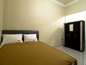 泗水紅多茲酒店-近貝特拉大學(RedDoorz Near Petra University Surabaya)
