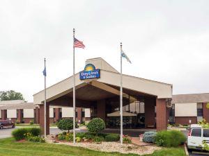 印第安納波利斯西北戴斯酒店(Days Inn & Suites Northwest Indianapolis)