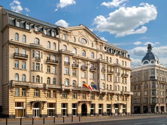 波洛尼亞宮大酒店