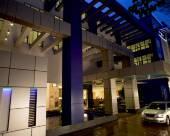 阿達什漢密爾頓酒店