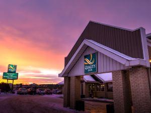 西埃德蒙頓品質酒店(Quality Inn West Edmonton)