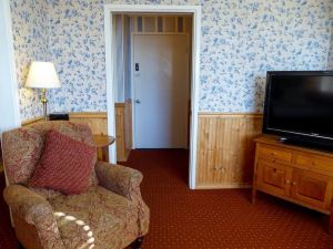 卡梅爾壁爐旅館(Carmel Fireplace Inn)