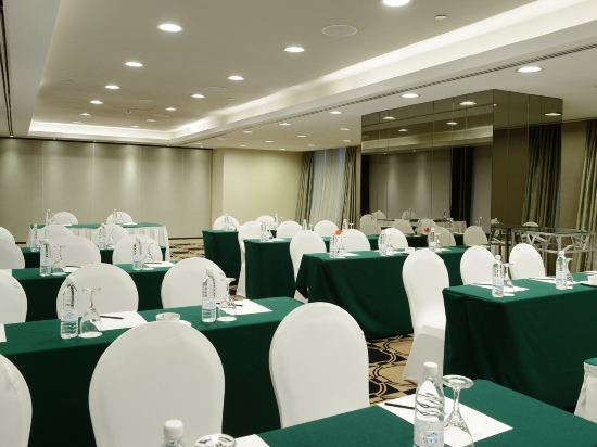 太平洋麗晶套房酒店(Pacific Regency Hotel Suites)會議室