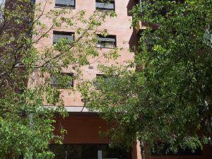 畢加索廣場公寓