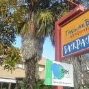 塔斯曼灣背包客酒店(Tasman Bay Backpackers)