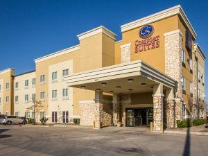 西達拉斯科克雷爾希爾舒適套房酒店(Comfort Suites West Dallas-Cockrell Hill)