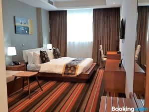 多哈阿曼蘇爾廣場酒店