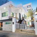 首爾弘大莫諾之家2號店(Monohouse Hongdae 2 Seoul)