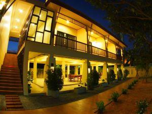 蓮花園度假酒店(Lotusland Resort)
