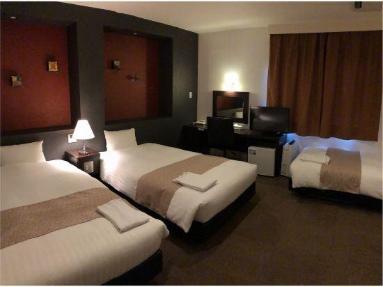 福岡博多站前陽光酒店(Hotel Sunline Fukuoka Hakata Ekimae)三人房