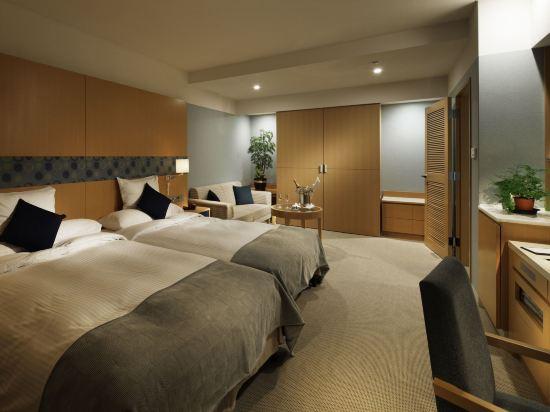 大阪麗嘉皇家酒店(Rihga Royal Hotel)總統塔翼豪華雙床房