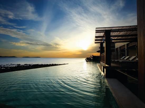 蘇梅島薩南濱海泳池別墅