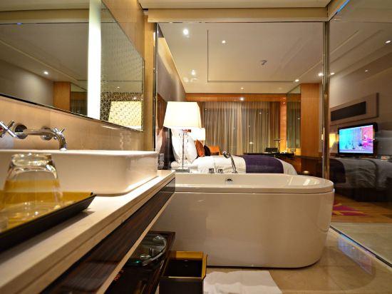 曼谷拉差阿帕森購物區萬麗酒店(Renaissance Bangkok Ratchaprasong Hotel)俱樂部行政房