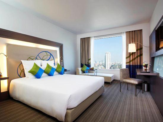 諾富特曼谷素坤逸酒店(Novotel Bangkok Ploenchit Sukhumvit)豪華房