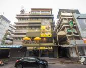 曼谷床盒子酒店