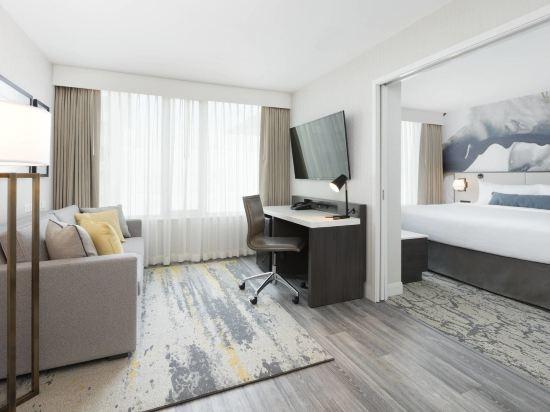 温哥華市中心萬豪德爾塔酒店(Delta Hotels by Marriott Vancouver Downtown Suites)豪華特大床套房