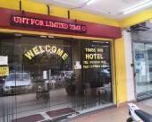 OYO 766 時代旅館酒店