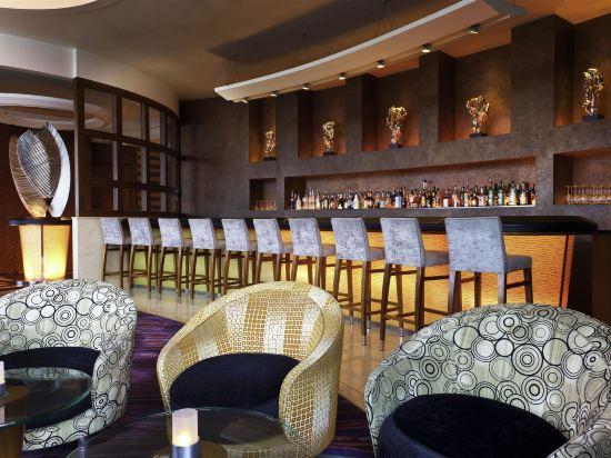 香港數碼港艾美酒店(Le Méridien Cyberport)酒吧