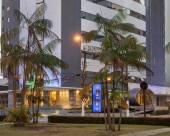 飛機庫斯塔達酒店