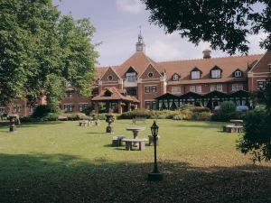 斯特拉特福酒店-Q酒店(The Stratford Hotel - Qhotels)