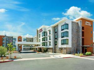 納帕希爾頓歡朋套房酒店(Hampton Inn & Suites Napa)