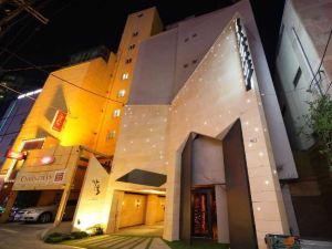 噶爾新村酒店(Sinchon Hotel Gaeul)