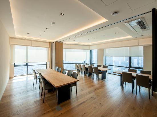 首爾明洞喜普樂吉酒店(原首爾黃金鬱金香M酒店)(Sotetsu Hotels The SPLAISIR Seoul Myeongdong)會議室