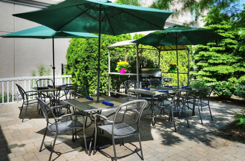 Hilton Garden Inn Toronto/Burlington, Hotel reviews, Room rates and ...