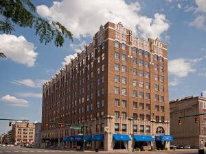 印第安納波利斯市中心希爾頓歡朋酒店(瑟科中心對面)