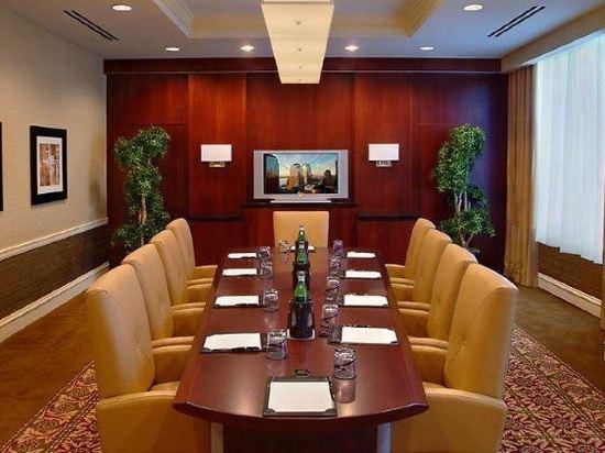 紐約市中心萬豪酒店(New York Marriott Downtown)會議室