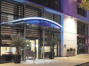 巴黎布洛涅麗笙酒店(Radisson Blu Hotel, Paris-Boulogne)